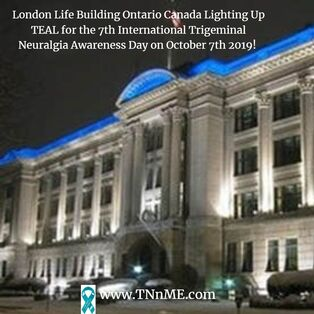 London Life Building Ontario Canada_LightUpTeal4TN_TNnME